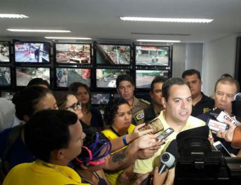 Paulo Câmara afirma que folião pode ir tranquilo ao Galo da Madrugada