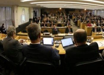 Conselho Pleno da OAB decide pedir impeachment de Temer