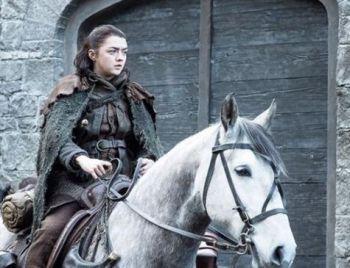 Com alianças e batalha naval, Game of Thrones acelera o ritmo