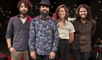 The Baggios concorre na 18ª Entrega Anual do Grammy Latino