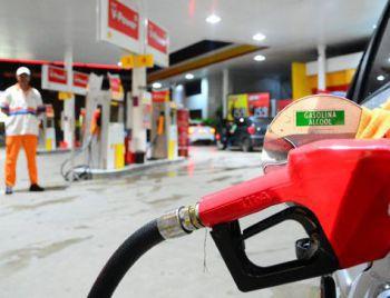 Petrobras anuncia quedas no preço da gasolina e diesel