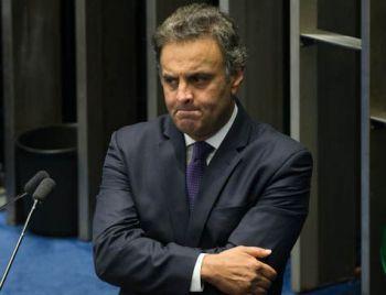 Aécio indica que deixará presidência do PSDB