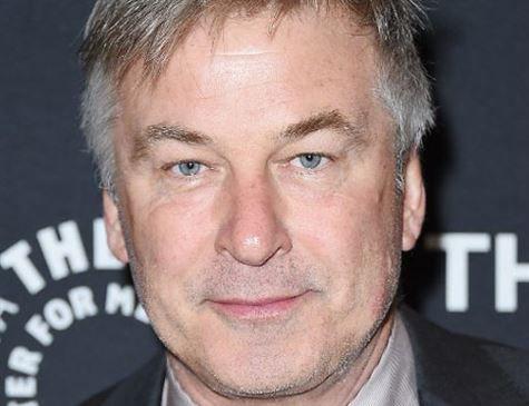 Em meio às polêmicas envolvendo casos de assédio sexual em Hollywood, o ator Alec Baldwin, 59, admitiu ness quinta (2)