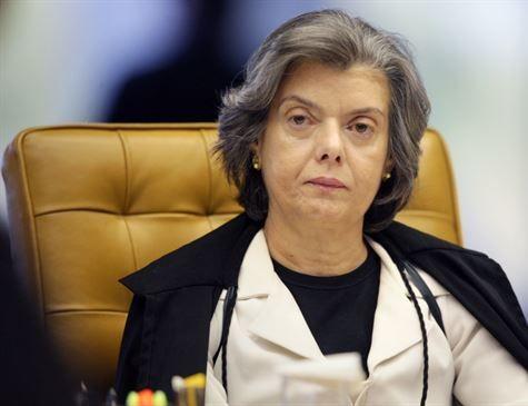 Brasil terá todos os presos cadastrados em abril de 2018, diz Cármen Lúcia