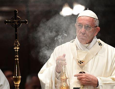 Papa Francisco chorou ao ouvir refugiados rohingyas em Bangladesh