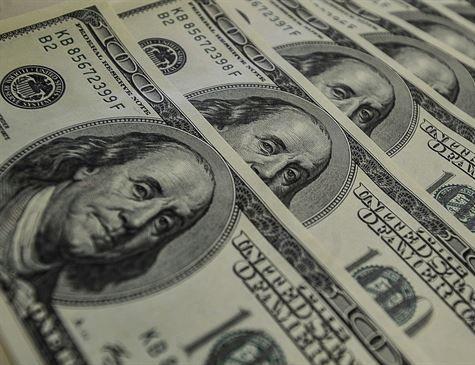 40% da dívida das empresas brasileiras está em dólar