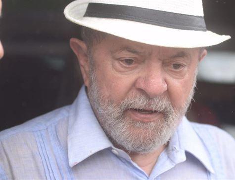 PT aprova resolução para apoiar candidatura de Lula