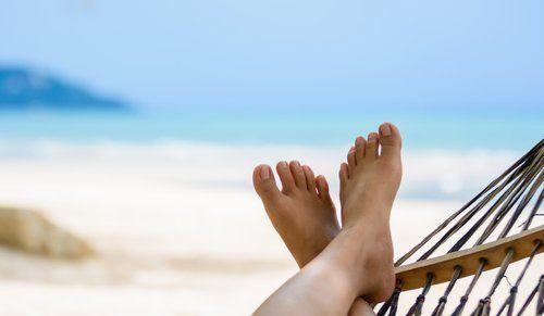 Enfim férias! Especialista fala sobre os benefícios do descanso para o corpo e a mente