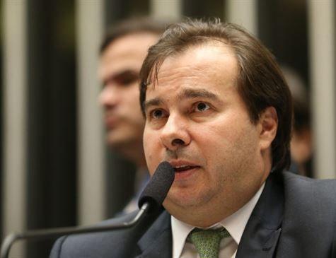Maia descarta criação de novos impostos para custear segurança pública no país