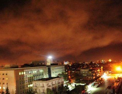 Ataques atingiram bases militares e centros de pesquisa em Damasco