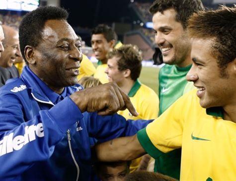 Pelé acredita que Neymar estará pronto para a Copa