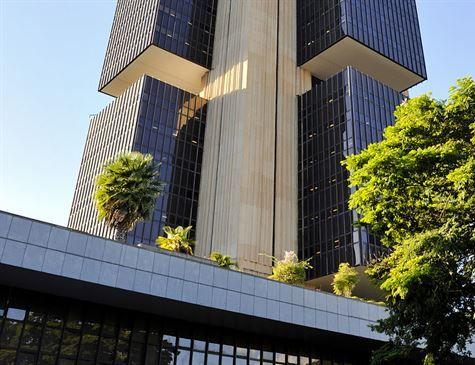 Banco Central estuda criar sistema de pagamento instantâneo