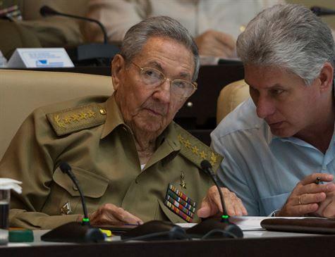 Miguel Díaz-Canel é eleito novo chefe de Estado de Cuba