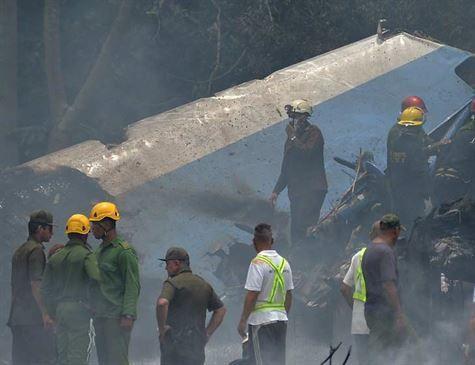 Companhia de avião que caiu em Cuba é suspensa no México