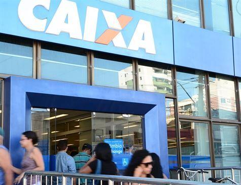 Bancos vão abrir por 4h em dias de jogo do Brasil