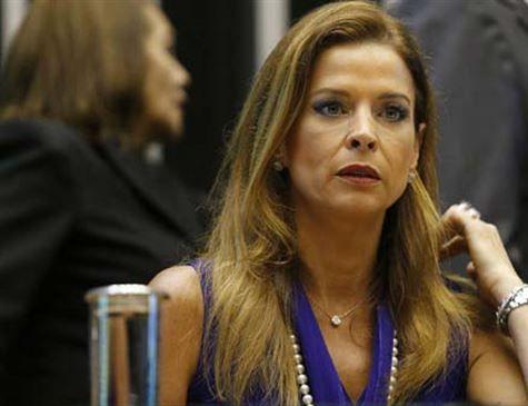 Tribunal revê decisão de Moro e condena esposa de Cunha por evasão de divisas
