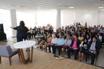 Luíza Trajano palestra para mais de 200 empresários em Aracaju