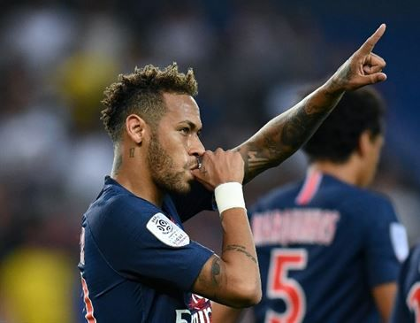 Neymar marca na estreia do PSG na Ligue 1