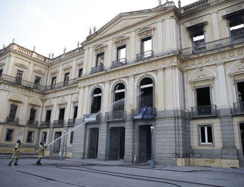 Ministério da Educação vai liberar R$ 10 milhões para Museu Nacional