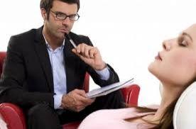 Especialista fala sobre o papel do psicólogo para o bem-estar social