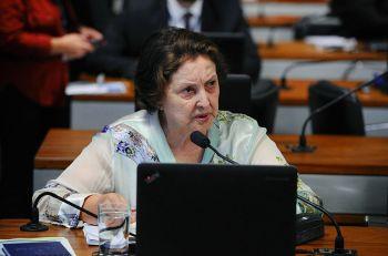 Maria do Carmo mostra-se preocupada com grande número de casos de câncer
