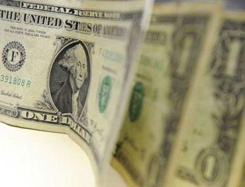 Dólar fecha setembro com queda de 0,87%