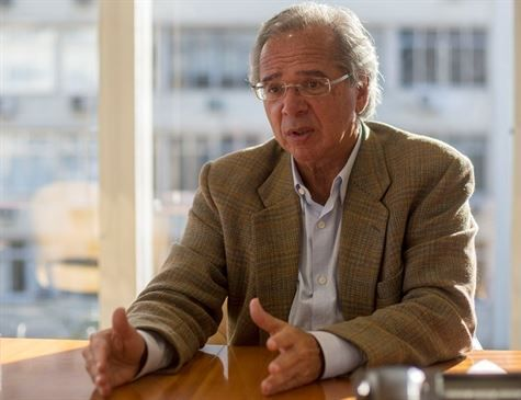 Paulo Guedes, economista e guru de Bolsonaro, é investigado por fraude