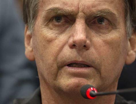 Bolsonaro diz que debaterá com Haddad se não houver terceiros