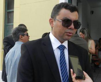 Delegado Paulo Márcio acusa o secretário João Eloi de manipular eleição