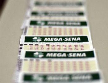 Mega-Sena acumula e próximo sorteio valerá R$ 18 milhões