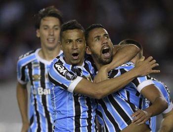 Grêmio vence River e joga pelo empate para ir à final da Libertadores