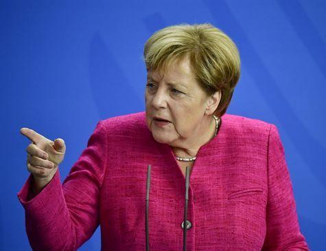 Projeto de paz europeu está ameaçado, alerta Merkel