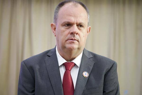 Governadores do Nordeste entregam carta a Bolsonaro e pedem audiência. Belivaldo não foi