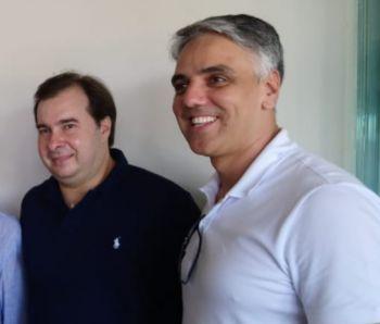 Rodrigo Maia cumpre agenda em Sergipe, a convite de Fábio Reis