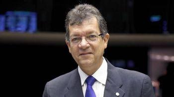 Laércio libera R$ 1,9 milhões para a saúde e infraestrutura em 7 municípios