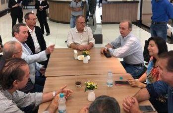 Belivaldo visita Hospital do Câncer de Barretos e analisa parceria para Sergipe