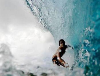 Medina, Italo e outros surfistas já treinam em Noronha