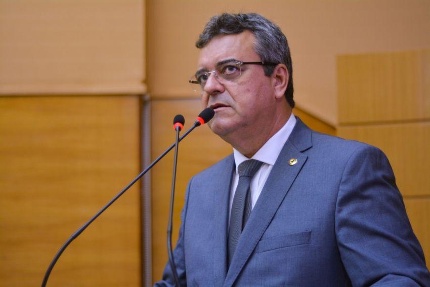 Turismo: Pimentel apresenta ao Governo estudo sobre redução do ICMS para querosene de aviação