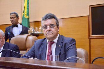 Prodetur: Pimentel solicita informações sobre investimentos no Turismo