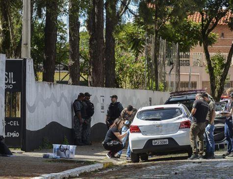 Apontado como 3º suspeito de massacre em Suzano, adolescente é liberado
