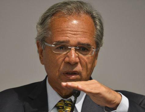 Guedes propõe distribuir 70% dos recursos do pré-sal para Estados e municípios