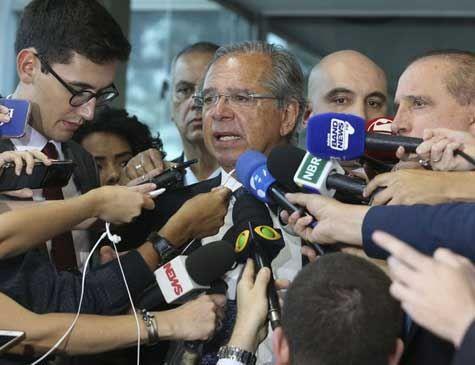 Equipe de Guedes anuncia medidas econômicas na quarta-feira