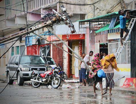 Ciclone atinge a segunda maior cidade de Moçambique e deixa 138 mortos