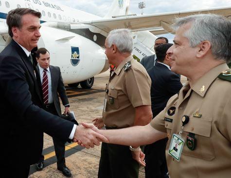 Bolsonaro, Defesa e Forças Armadas se reúnem para finalizar Previdência dos militares