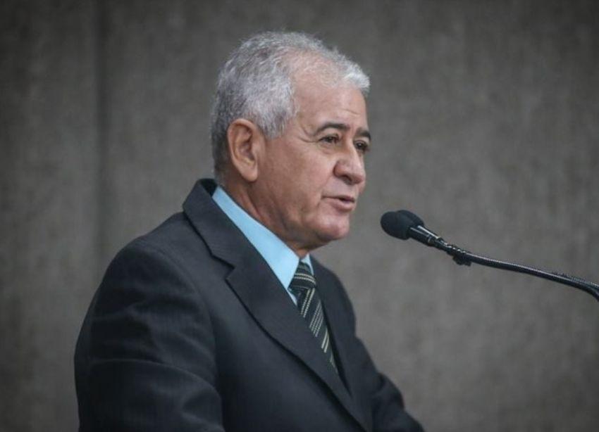 Vereador Zé Valter mostra preocupação com depredação do patrimônio público