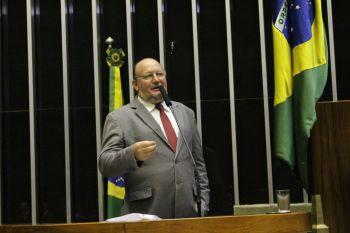 João Daniel ingressa com representação na PGR contra Bolsonaro