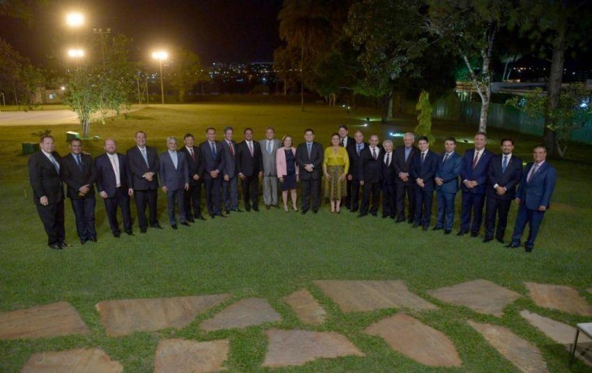 Frente parlamentar conta com 48 dos 81 senadores e é presidida pelo senador Rogério Carvalho