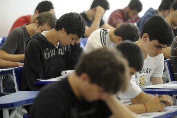 Em 4 anos, Brasil reduz investimento em educação em 56%
