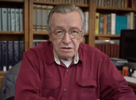 Olavo de Carvalho diz que não vai mais se meter na política brasileira