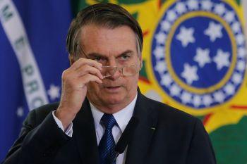 Bolsonaro sanciona projeto que anistia partidos políticos